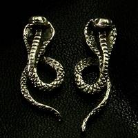 Cobra Silver Ear Stud (1 Pair)